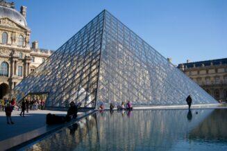 Luwr czyli największe muzeum sztuki na świecie - Wielkie Atrakcje