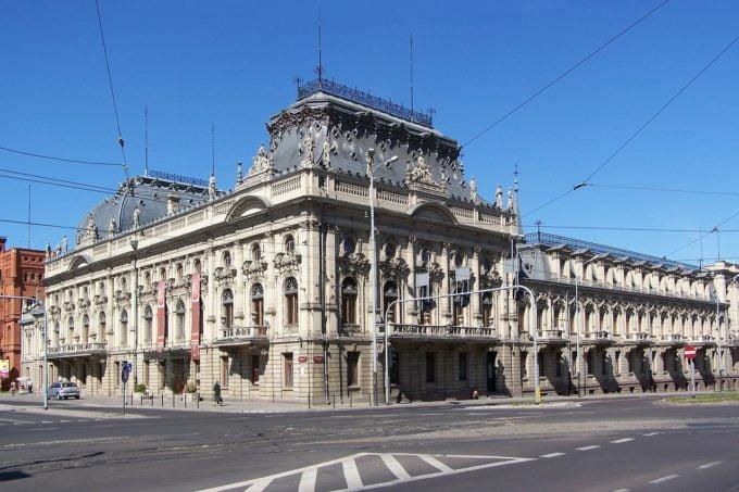 Łódź jest kobietą, czyli łódzkie włókniarki i fabryczne korzenie miasta