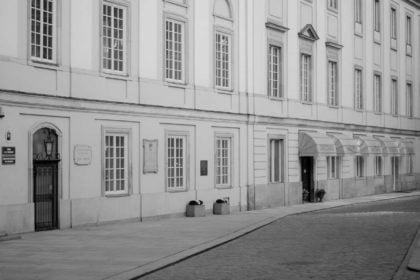 Jak wynająć dobry apartament w Warszawie?