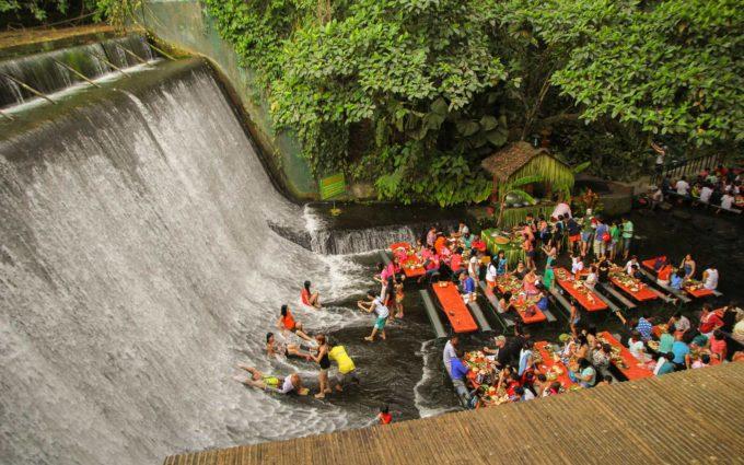 wodospad restauracja