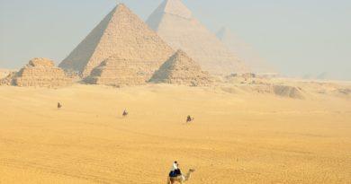 Planujesz wycieczkę do Egiptu? Przygotuj się na zwiedzanie starożytnych zabytków