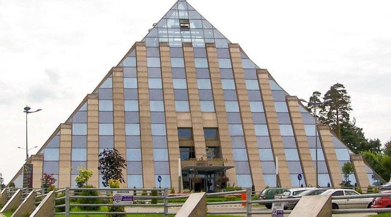 Piramida Hotel w Tychach