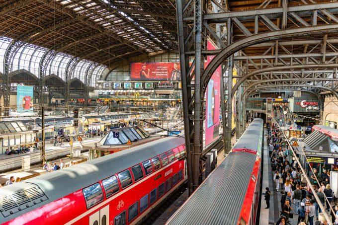 stacja kolejowa w Hamburgu