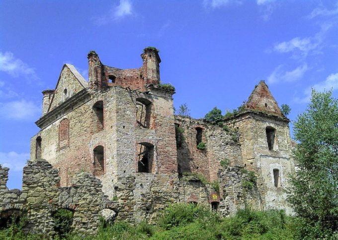 Ruiny Warownego Klasztoru Karmelitów Bosych