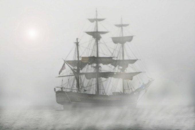 piraci we mgle