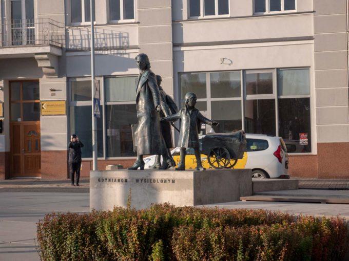 pomnik wysiedlonych