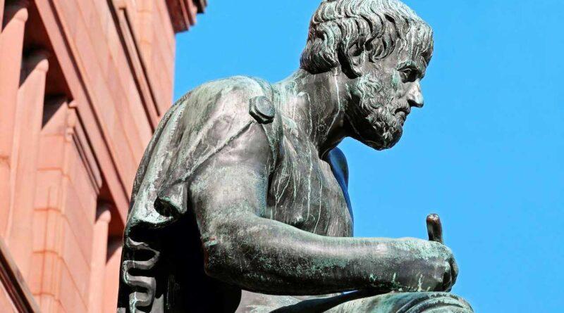 Rzeźba Arystotelesa