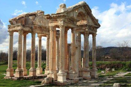 100 ciekawostek o starożytnym Rzymie