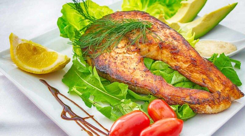 talerz z rybą