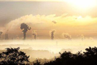 Co to jest smog? Jak powstaje? Czy jest niebezpieczny? Jak się chronić?