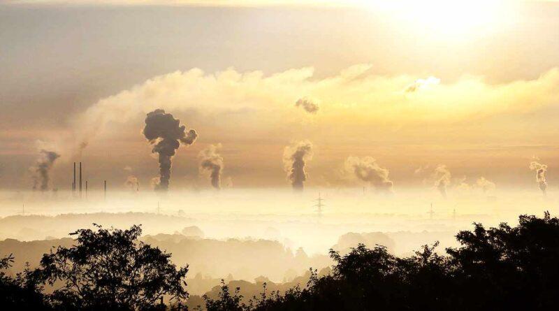 dym z fabryk