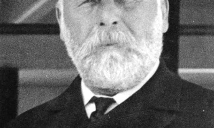 Edward J Smith