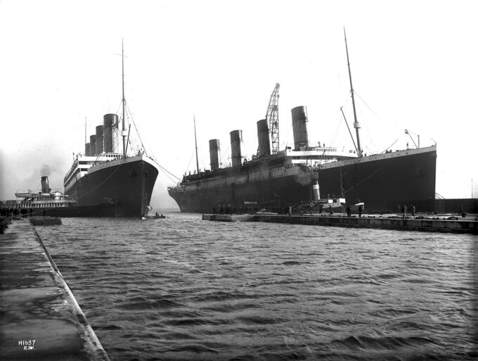 Olympic i Titanic