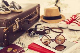 O czym pamiętać pakując walizkę na wakacje - poradnik dla mężczyzn