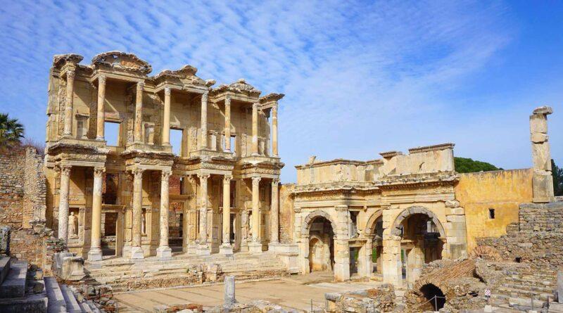 Biblioteka Celsusa w Efezie