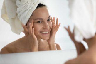Jak zregenerować skórę i włosy po wakacjach?