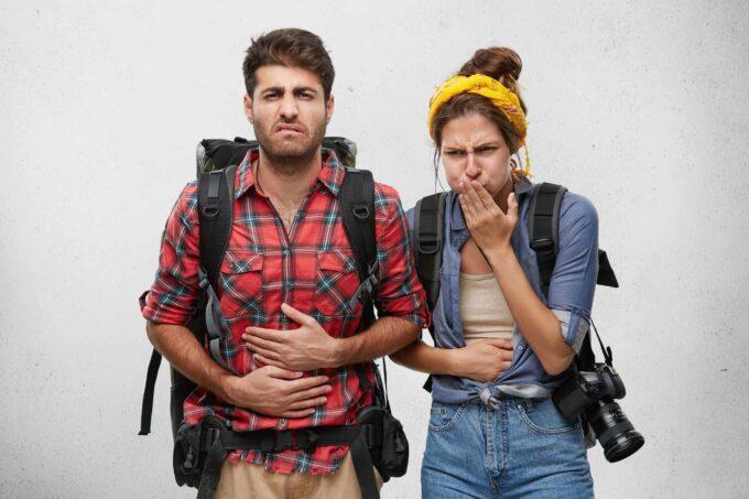 problemy żołądkowe w podróży