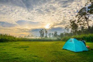Jedziemy na biwak! Jaki namiot wybrać?